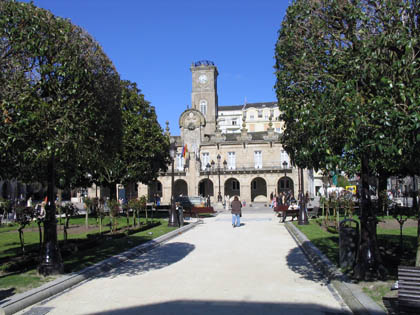 ayuntamiento_lugo_plaza.jpg