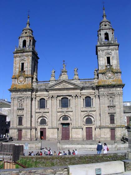 catedraldelugo_fachadaprincipal.jpg