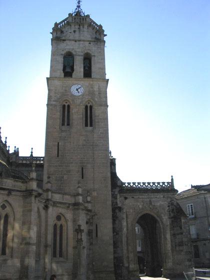catedraldelugo_fachadareloj.jpg