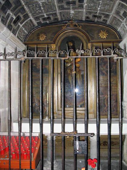 catedraldelugo_interior_caplcristo.jpg