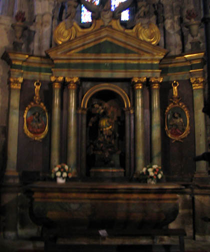 catedraldelugo_interior_capsanfroilan.jpg