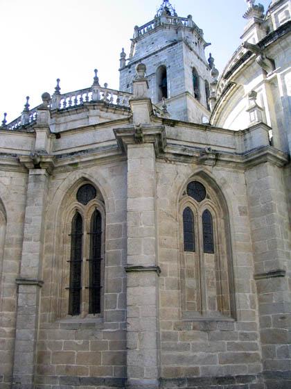 catedraldelugo_posterior.jpg