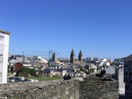 murallasdelugo_paseo1_catedral.jpg